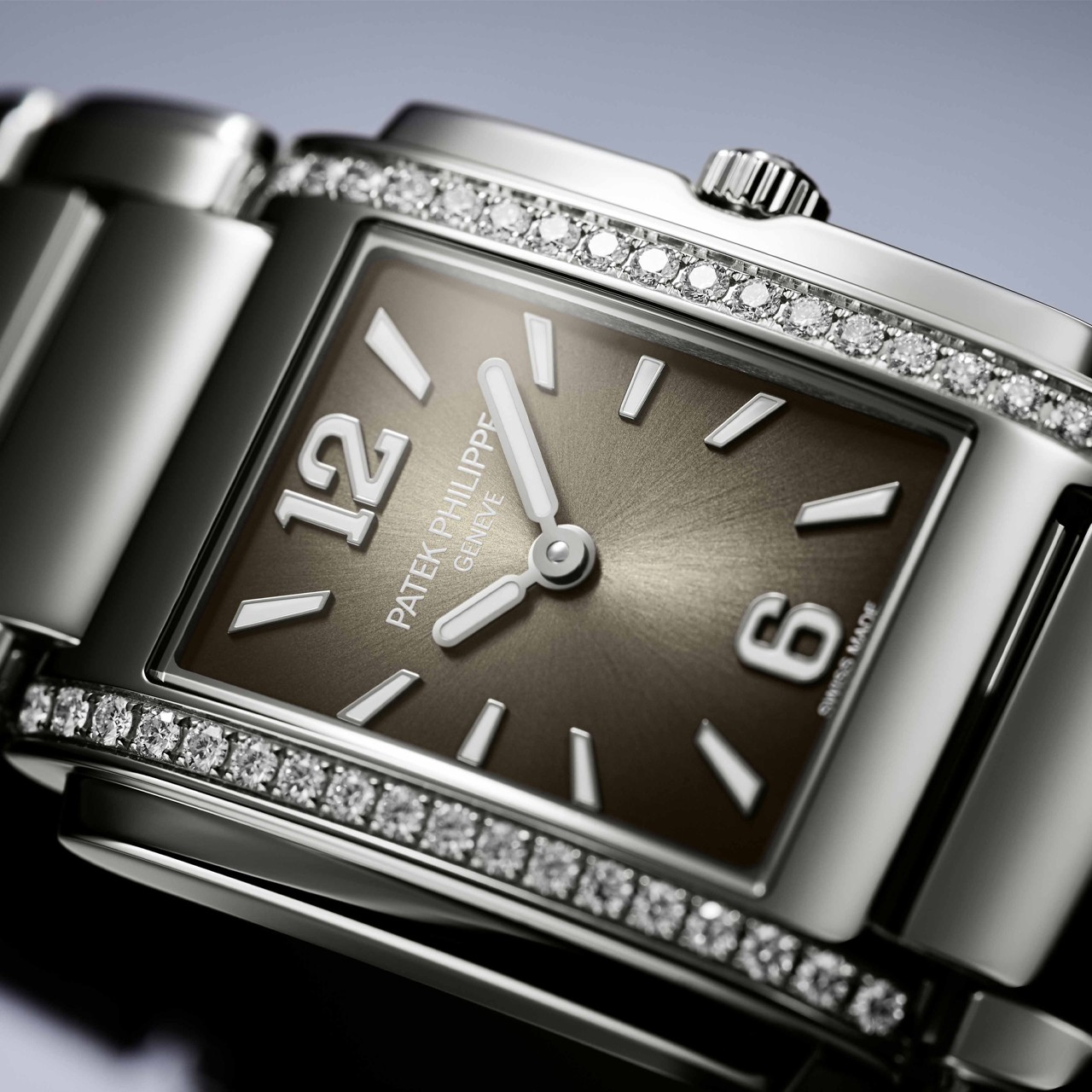 Patek Philippe: The Ladies Twenty~4
