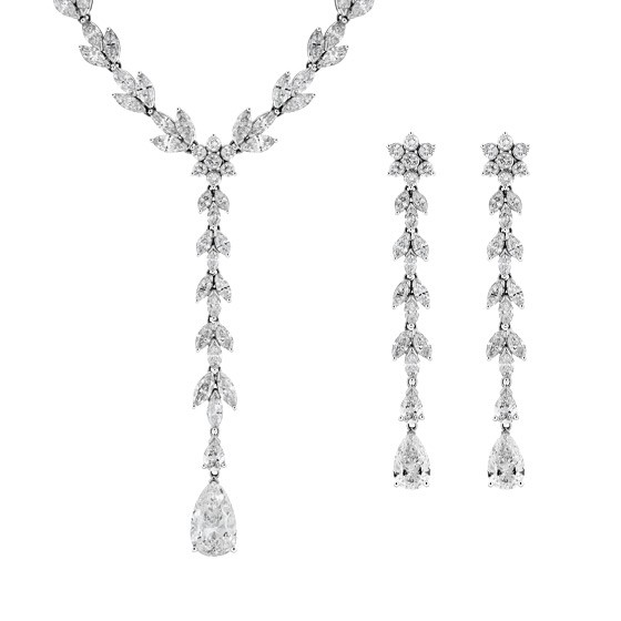 A Mixed Cut Necklace & Earring Suite