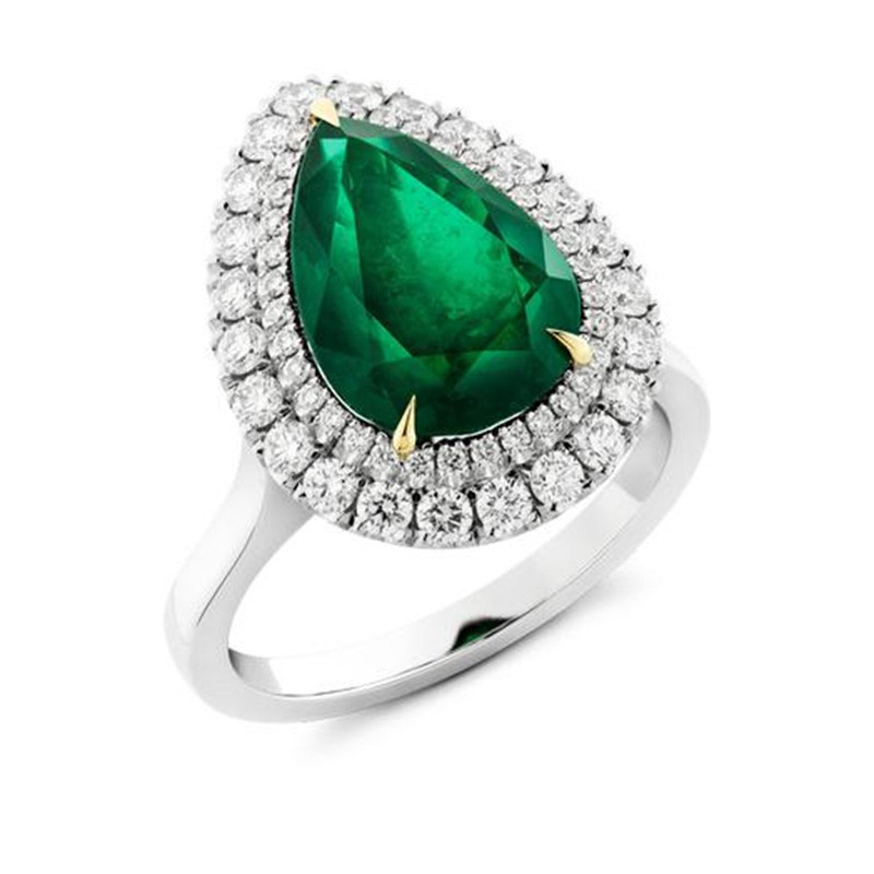 A Pear Cut Emerald Double Halo Cluster