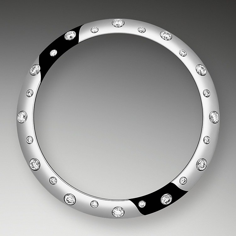Diamond-Set Bezel
